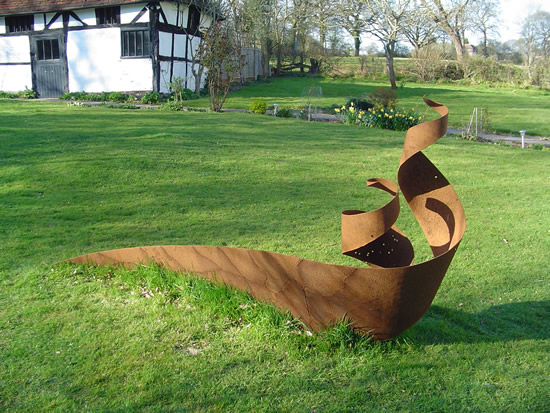 Steel Sculpture - Dragon - Pulborough West Sussex Sculptor and Artist Zeljko Ivankovic