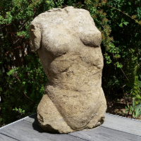 Wealden Sandstone Bust Sculpture – Queen – Pulborough Artist Željko Ivanković