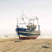 Cold Morning in Hastings Sussex – Boat on Beach Painting – Surrey Artist Noël Haring