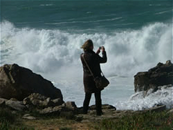leila-godden-east sussex artist-photographing-sussex-beaches