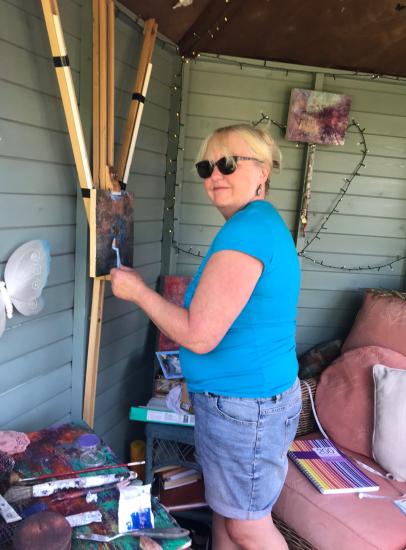 Sussex Artist Amanda Mavin at work in her garden studio